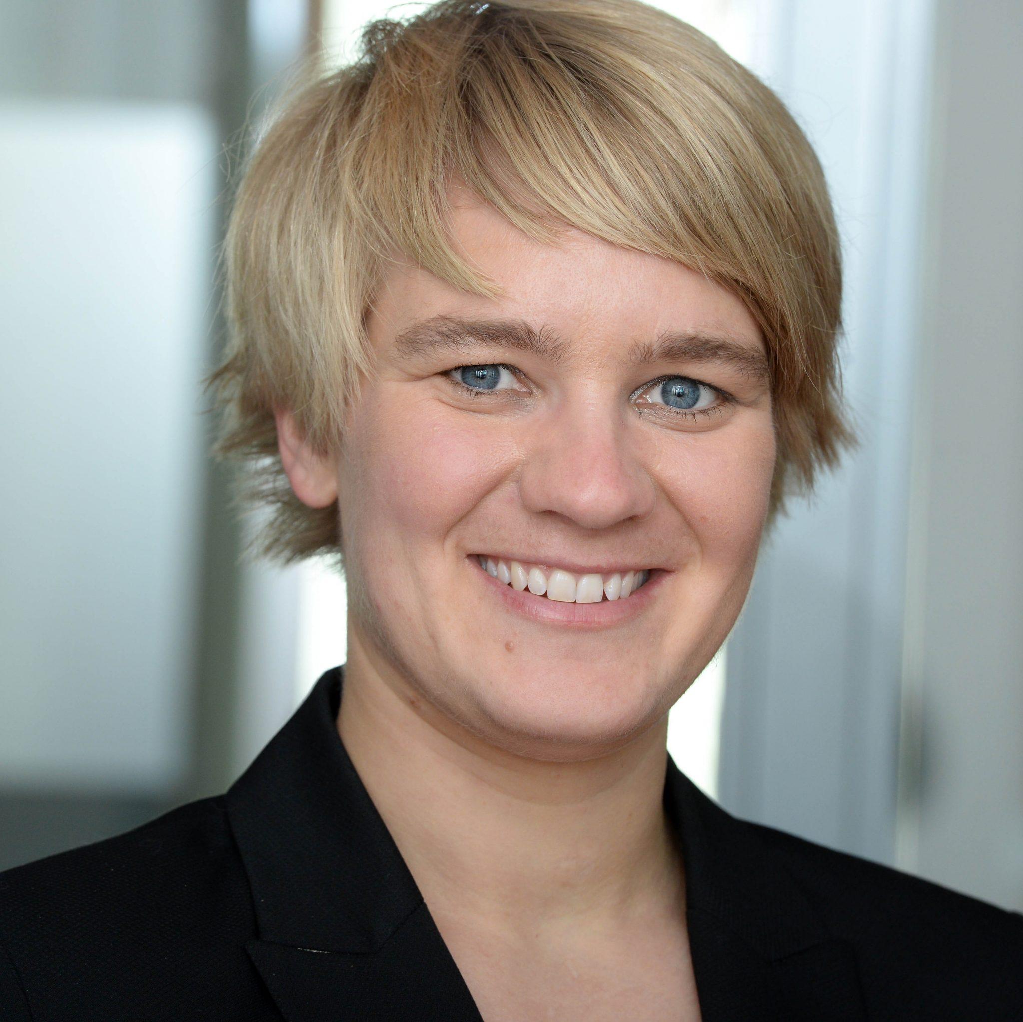 Anna Beckers